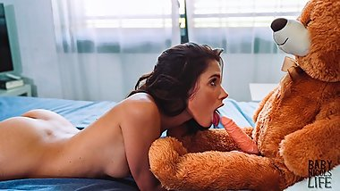 Latin teen BabyNicols fucking her Teddy Bear