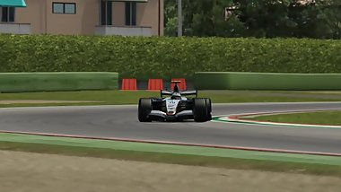 McLaren MP4/20 Hotlaps at Imola