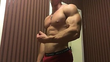 Insanely Ripped College Guy