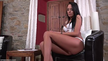Sleek And Irresistible
