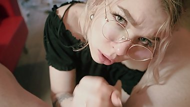 Eye contact Blowjob in glasses Babe Pov
