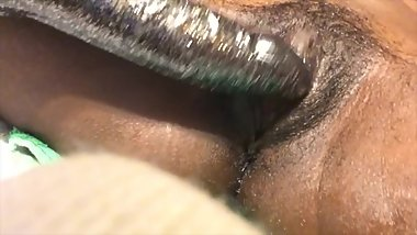 ebony playing toying her pussy