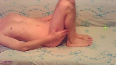 I caress myself on the webcam and cum on the leg without arms__2019-02-10