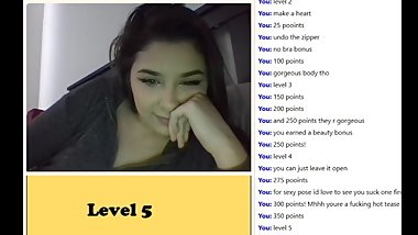 20 yrs old Kylie play the Omegle Game