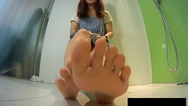 15 second AMAZING Asian feet