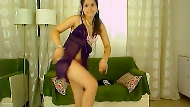 LittleTeenBB Riley strips, dances, shows tits, takes off panties