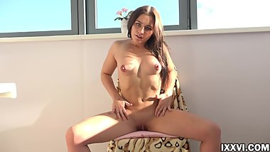 Sexy Angy Show Pussy on the Balcony