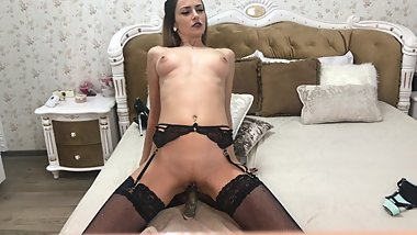 Mistress Amyjolie dream to squirt on a big black cock